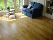 Solid 'selected' English Oak 100mm-200mm wide. Finished with Hardwax Oil - Photo 10 of 10