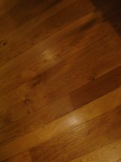 English Character Oak 100mm-200mm wide with Hardwax Oil finish. Photos taken 7 years after laying. - Photo 4 of 19