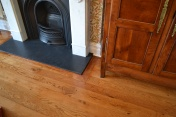 Mitred surround to hearth - Photo 10 of 15
