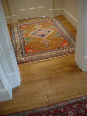 English Character Oak, hand distressed, antique stained. Fitted over underfloor heating. - Photo 5 of 10