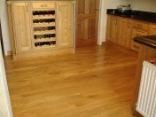 English Character Oak in a kitchen. Pictures taken five years after laying. - Photo 5 of 8