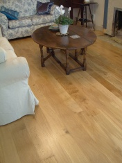 Solid Oak 10mm overlay in English Character Oak fixed and finished on site with Hardwax Oil - Photo 11 of 17