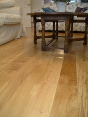 Solid Oak 10mm overlay in English Character Oak fixed and finished on site with Hardwax Oil - Photo 14 of 17