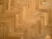 Character Oak Block in a herringbone pattern with a two block border. Finished with Hardwax Oil - Photo 4 of 20