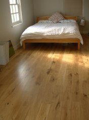 Engineered board 15mm with 4mm surface of Character Oak. Finished on site with Hardwax Oil. Laid over 'SilentLay' mattin - Photo 16 of 17