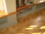 Character Oak Block in a herringbone pattern with a two block border. Finished with Hardwax Oil - Photo 18 of 20
