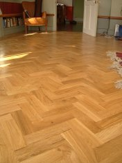 Character Oak Block in a herringbone pattern with a two block border. Finished with Hardwax Oil - Photo 19 of 20