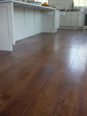 Character Oak engineered board over underfloor heating. Stained and finished with Hardwax Oil on site. - Photo 2 of 19