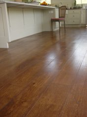 Character Oak engineered board over underfloor heating. Stained and finished with Hardwax Oil on site. - Photo 16 of 19