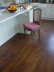 Character Oak engineered board over underfloor heating. Stained and finished with Hardwax Oil on site. - Photo 9 of 19