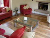English Elm, 75mm, 100mm & 125mm over underfloor heating finished with hardwax oil. Staircase by Bob Coles - Photo 3 of 10
