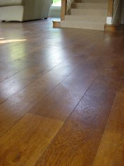 Engineered board with 6mm Character Oak surface, hand distressed and stained. Finished with hardwax Oil - Photo 5 of 7