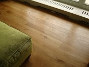 Solid English Character Oak over Underfloor Heating. Mild Antique stain and Hardwax Oil finish. Pictures taken one year - Photo 15 of 18