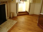 Solid English Character Oak over Underfloor Heating. Mild Antique stain and Hardwax Oil finish. Pictures taken one year - Photo 3 of 18
